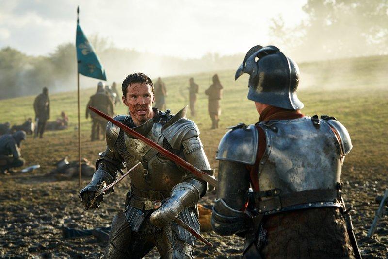 Richard III. (Benedict Cumberbatch, l.), Richmond (Luke Treadaway) – Bild: RTL Passion