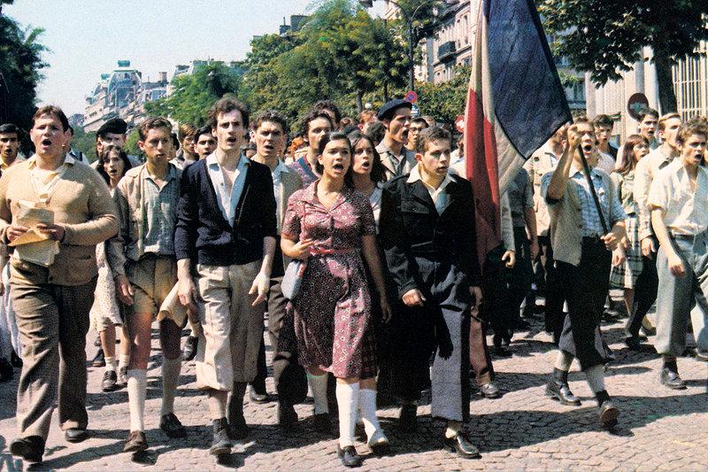 Eine Gruppe kommunistischer Widerständler entschließt sich während des Vichy-Regimes, das Schicksal des besetzten Frankreichs in die eigene Hand zu nehmen. – Bild: ARTE France / © Pathé