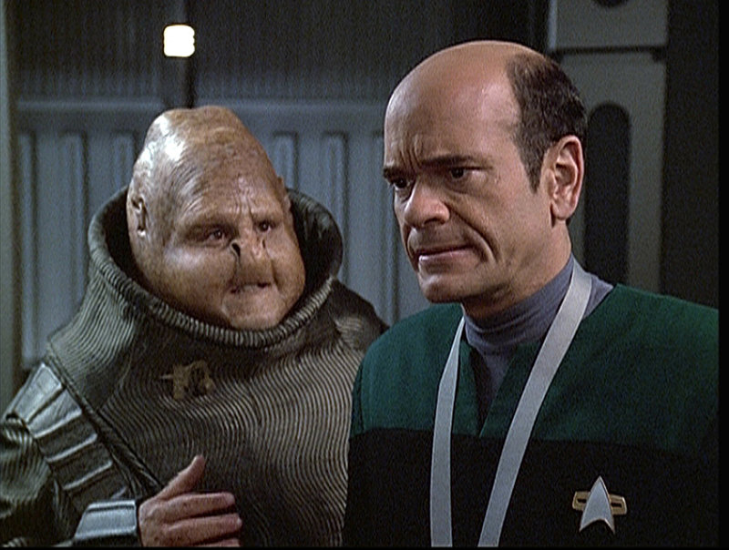 Dame, Doktor, As, Spion (Staffel 6, Folge 4) – Bild: Tele 5