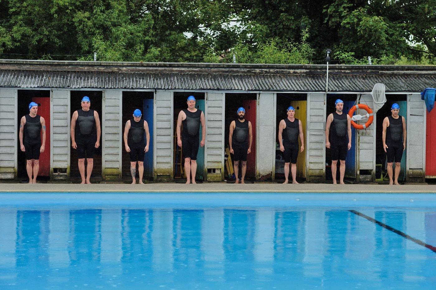 Swimming with Men – Bild: Alamode