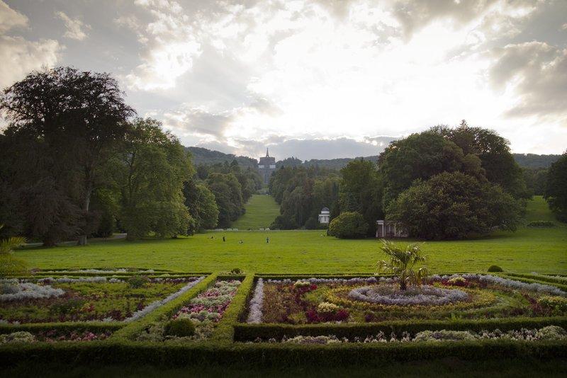 Bergpark Wilhelmshöhe, Totale vom Schloss Wilhelmshöhe – Bild: ZDF und SWR/Schmidt&Paetzel Fernsehfilme
