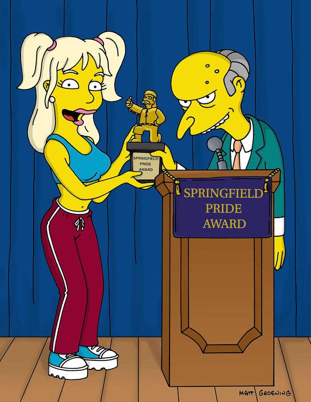 Mr. Burns muss zu einer Untersuchung ins Krankenhaus. Für die Dauer seiner Abwesenheit sollen die Simpsons auf sein Haus aufpassen. Homer genießt es, das Leben eines 'Millionärs' zu führen und veranstaltet eine riesengroße Party auf Burns' Luxusyacht. Die Feier findet einen unschönen Ausgang. Die Gäste werden von Piraten überfallen. Im Bild: Britney Spears überreicht Mr. Burns einen Ehrenpreis der Stadt Springfield. – Bild: ORF
