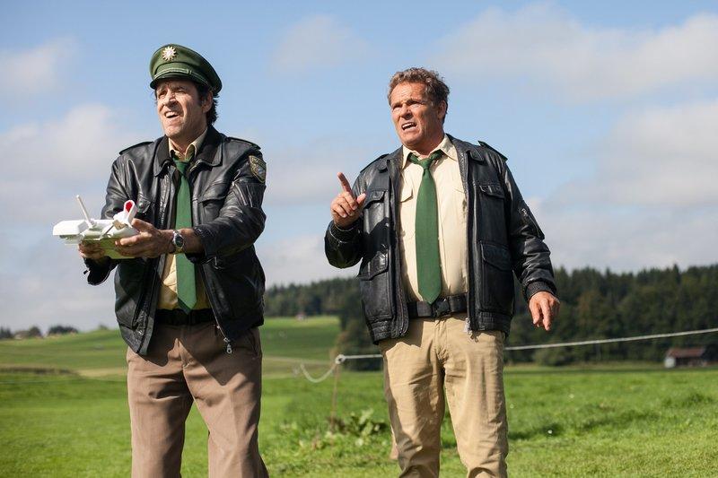 Hubert (Christian Tramitz) und Staller (Helmfried von Lüttichau) ermitteln wieder auf Hochtouren – Bild: Seznam.cz