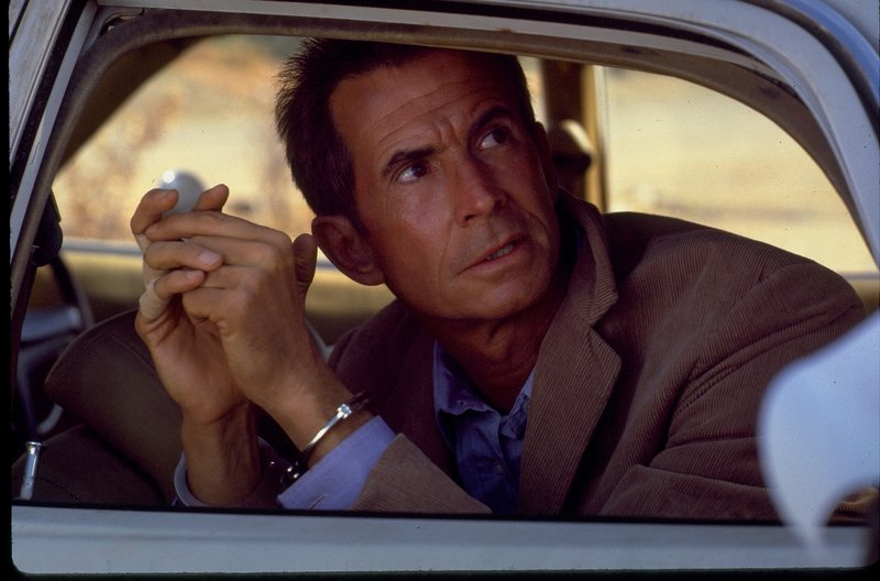 Muss sich alles wiederholen: Bates (Anthony Perkins) erinnert Maureen (nicht im Bild) an seine frühere Mieterin Marion Crane, die ein schreckliches Ende fand. – Bild: ZDF und Universal City Studios