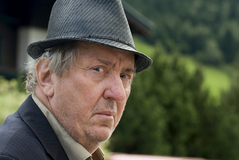 Anton Pfeiler (Vadim Glowna). – Bild: ZDF