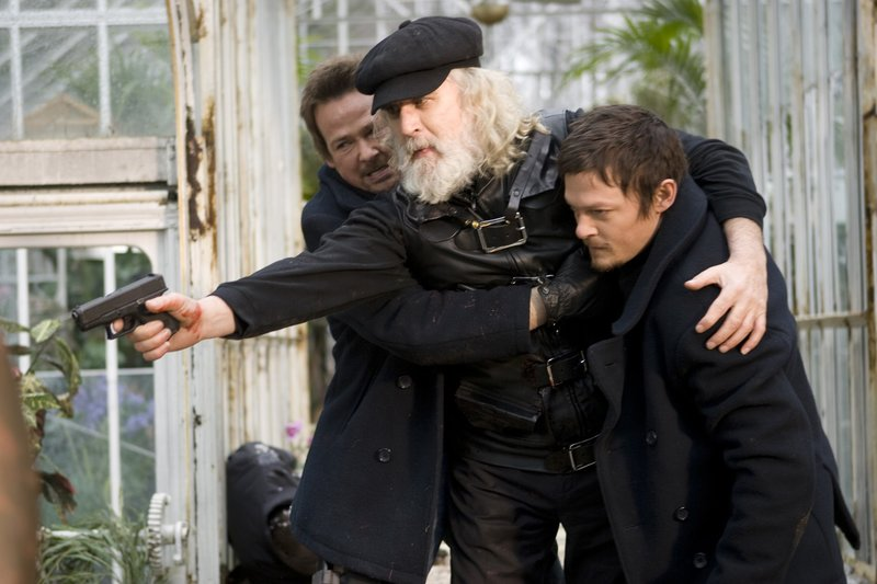 "Auf Rachefeldzug: (v.l.n.r.) die ""Saints"" Connor (Sean Patrick Flanery), Il Duce Noah (Billy Connolly) und Murphy (Norman Reedus) ... – Bild: 2009 Boondock Saints II Productions, LLC. All Rights Reserved. Asset Lizenzbild frei"
