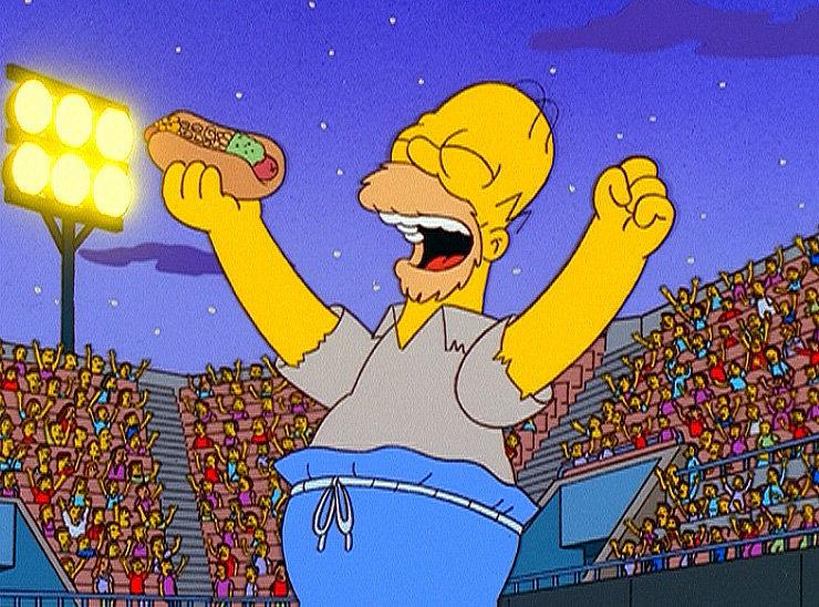 Homer deckt im Baseballstadion einen Skandal auf. – Bild: ORF eins