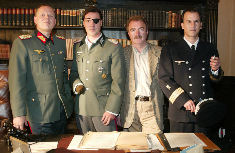Axel Milberg, Sebastian Koch, Regisseur Jo Baier, Christopher Buchholz. – Bild: ORF