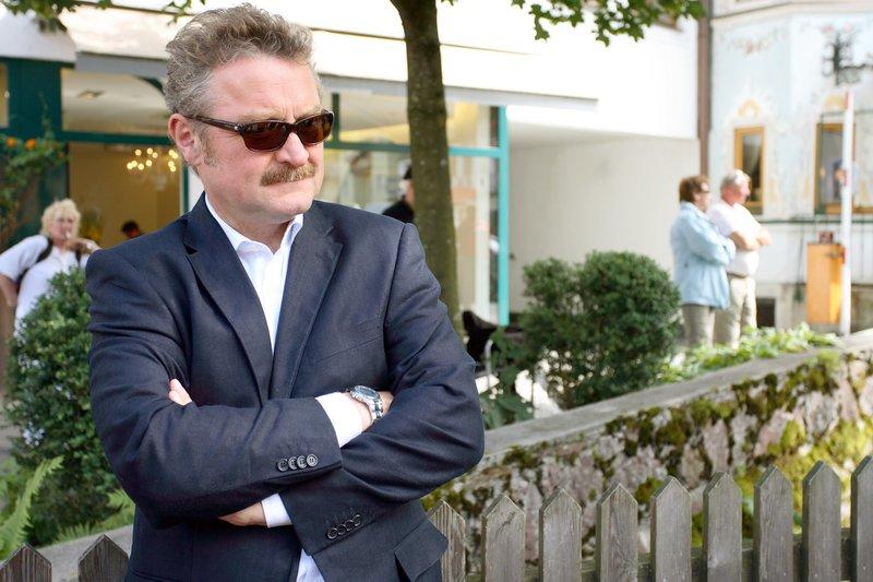 Ferry Öllinger (Kroisleitner). – Bild: ORF 1