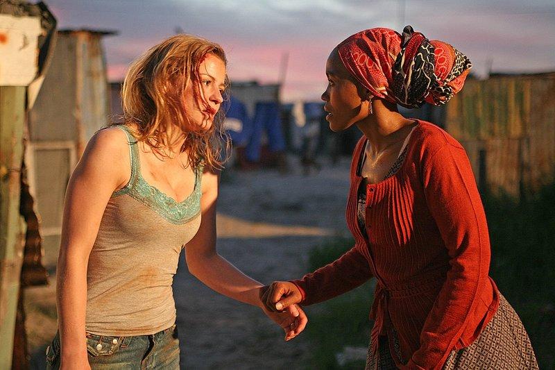 Theresa SCHOLZE, Moshidi MOTSHEGWA Photographe: Ville: – Bild: Tele 5