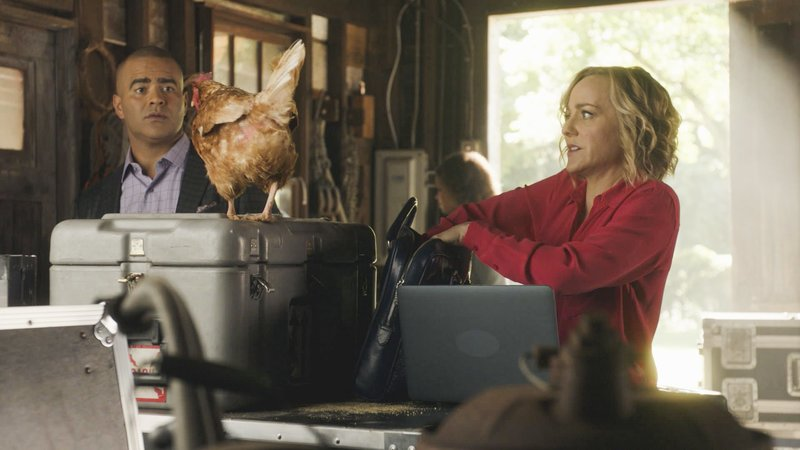Pictured L-R: Chris Jackson as Chunk Palmer and Geneva Carr as Marissa Morgan. – Bild: 2016 CBS Broadcasting, Inc. All Rights Reserved. Lizenzbild frei