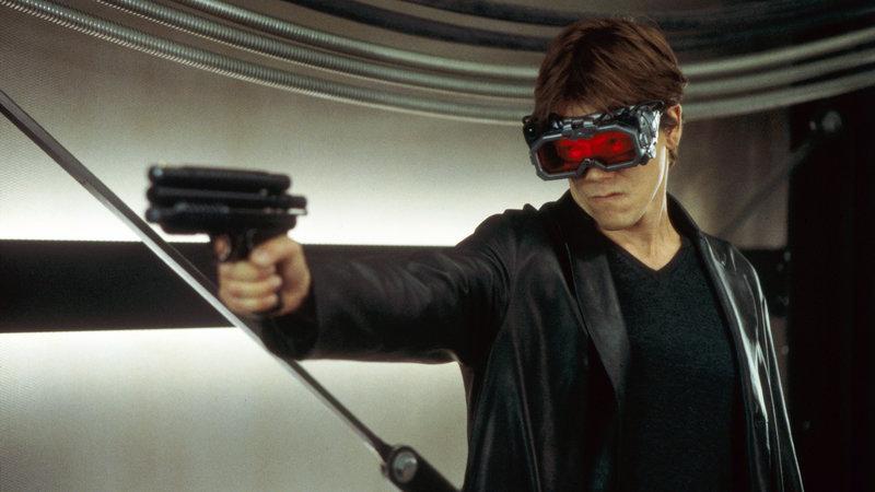 Sebastian Caine (Kevin Bacon) ist eine Gefahr für alle.. – Bild: RTL II