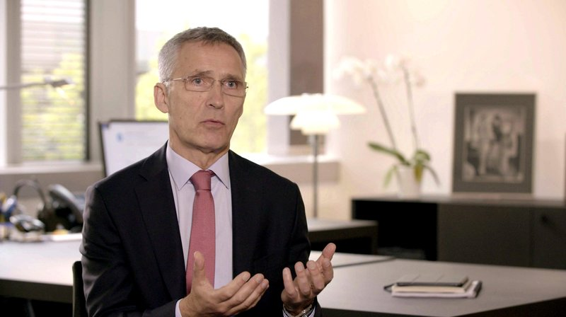 """Jens Stoltenberg, Nato-Generalsekretär: """"Wir erwarten, dass die Bundeswehr mehr in die Verteidigung investiert"""", gibt Nato-Generalsekretär Jens Stoltenberg."""" – Bild: phoenix/ZDF/Nick Golüke"""
