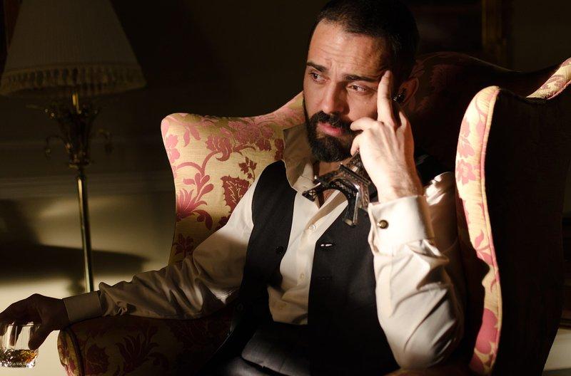 Diego (Pedro Alonso) – Bild: WDR/Beta Film/Enrique Baró Ubach