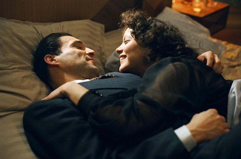 Jean-Pierre Martins (Marcel Cerdan), Marion Cotillard (Edith Piaf). – Bild: ORF
