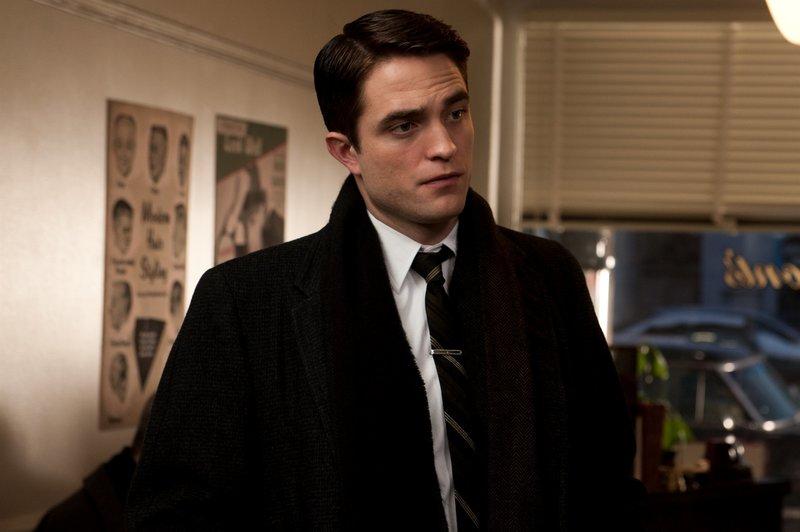 Dennis Stock (Robert Pattinson). – Bild: SquareOne Entertainment / Universum Film