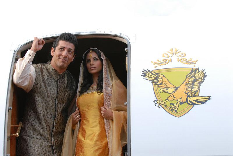 Fahri Yardim (Prinz Ravan), Collien Fernandes (Prinzessin Shirin). – Bild: ORF