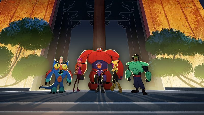 """BIG HERO 6 - """"Baymax Returns"""" - Set in the fictional city of San Fransokyo, 14-year-old tech genius Hiro begins school as the new prodigy at San Fransokyo Institute of Technology and sets off to rebuild Baymax. However, his overconfidence and penchant for taking shortcuts leads him and the newly minted Big Hero 6 team Ð Wasabi, Honey Lemon, Go Go and Fred Ð into trouble. The one-hour premiere airs Monday, November 20 (8:00 - 9:00 P.M. EDT) on Disney XD. (Disney XD) FRED, HONEY LEMON, BAYMAX, HIRO HAMADA, GOGO TOMAGO, WASABI – Bild: 2017 Disney Enterprises, Inc. All rights reserved."""