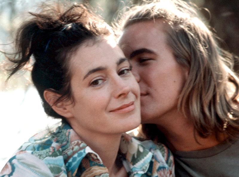 Die selbstbewusste Stella James (Sean Young) hat sich zum ersten Mal wirklich verliebt, in den jungen Fotografen Frank (Richard Hillman). – Bild: ARD Degeto