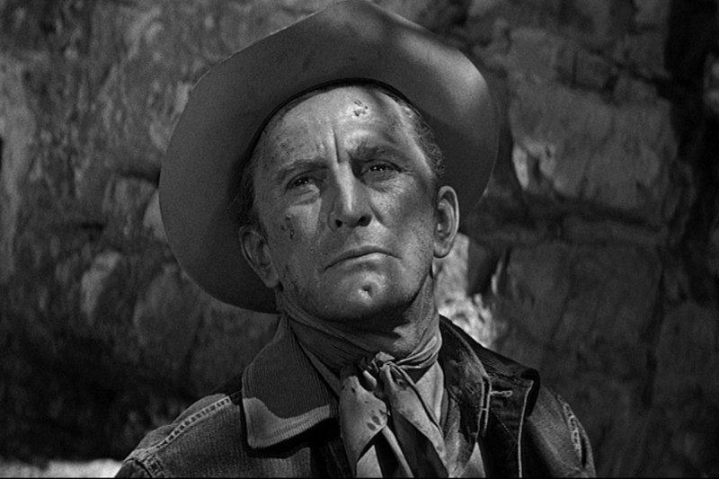 Kirk Douglas in der Rolle des freiheitsliebenden Cowboys Jack Burns – Bild: ZDF / © Universal