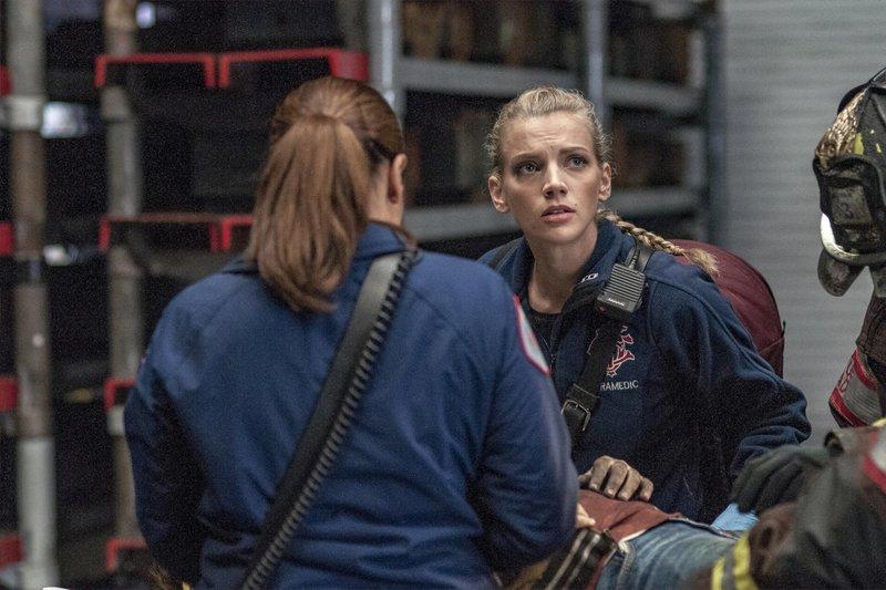 """-- """"Lift Each Other"""" Episode 507 -- Pictured: Kara Killmer as Sylvie Brett -- (Photo by: Matt Dinerstein/NBC) – Bild: Universal TV"""
