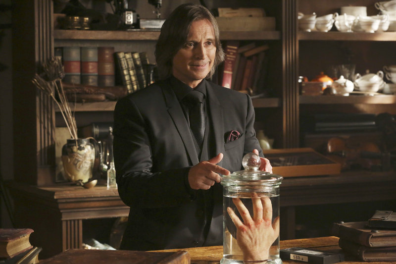 Mr. Gold (Robert Carlyle) – Bild: MG RTL D / © 2014 American Broadcasting Companies, Inc. All rights reserved