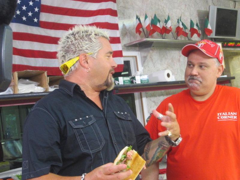 Regional und hausgemacht (Staffel 15, Folge 9) – Bild: 2012, Television Food Network, G.P. All Rights Reserved. Lizenzbild frei