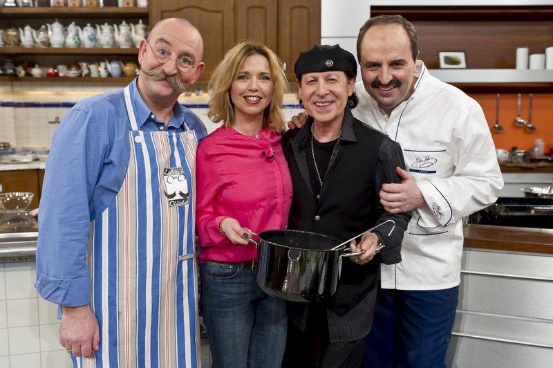 Horst Lichter, Tina Ruland, Klaus Meine und Johann Lafer. – Bild: ZDF und Oliver Fantitsch