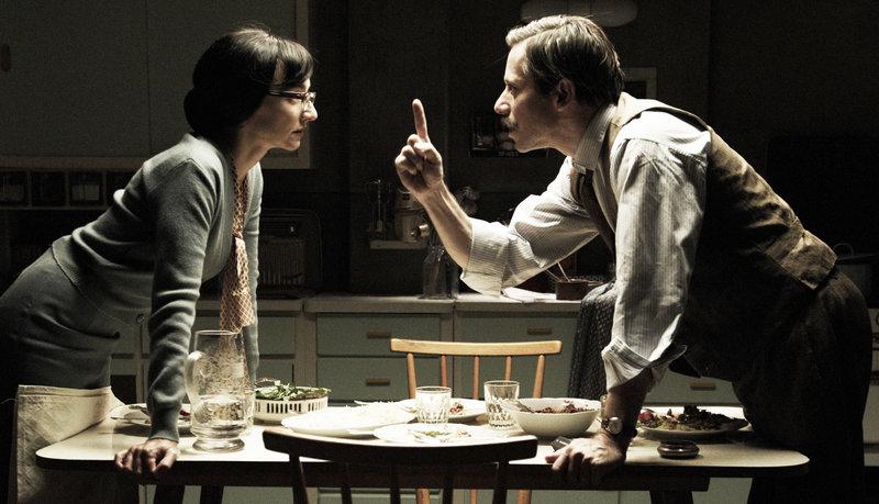 Nasser Ali (Mathieu Almaric) im täglichen Streit mit seiner Frau Faranguisse (Maria de Medeiros) – Bild: ZDF und Patricia Khan