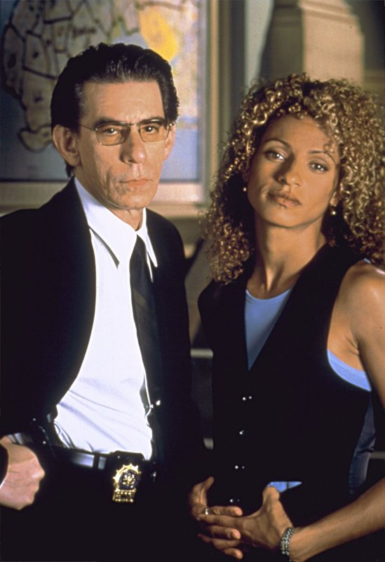 Richard Belzer, Michelle Hurd – Bild: Universal Channel