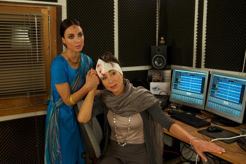 Suri Advani (Maddalena Noemi-Hirschal), Gloria Kmeiner (Andrea Eckert) – Bild: ZDF und Bernd Schuller