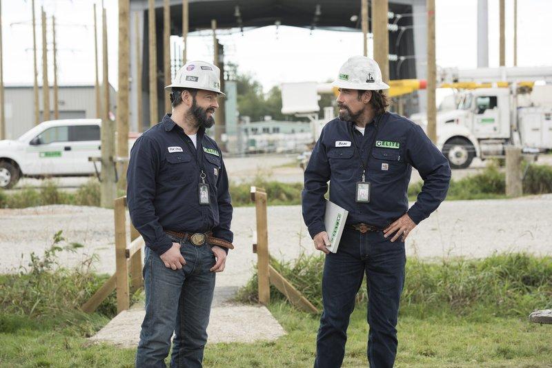 Beau (John Travolta) und Pok Chop (Gil Bellows). – Bild: Paramount