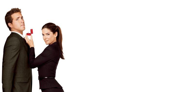 Selbst ist die Braut: Margaret (Sandra Bullock, r.) und Andrew (Ryan Reynolds, l.) ... – Bild: Touchstone Pictures. All Rights Reserved Lizenzbild frei
