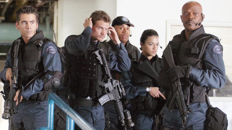 Ein Haudegen mit eigenwilliger Auslegung der Dienstvorschriften stellt das neue Team einer Elite-Polizeieinheit zur Bekämpfung von Geiselnahme und Terroranschlägen zusammen.. (Foto, v.li.n.re.: Colin Farrell, Brian van Holt, LL Cool J, Michelle Rodriguez und Samuel L.Jackson) – Bild: RTL II