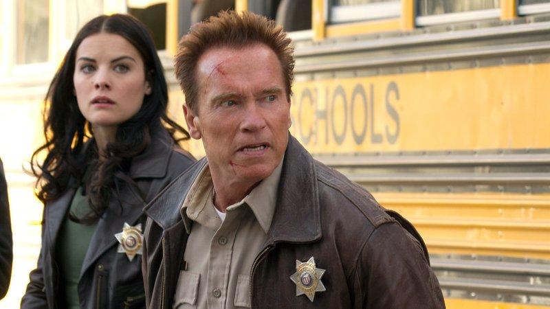 Sheriff Owens (Arnold Schwarzenegger) und Sarah Torrance (Jaimie Alexander)Sheriff Owens (Arnold Schwarzenegger) und Sarah Torrance (Jaimie Alexander) – Bild: RTL Zwei