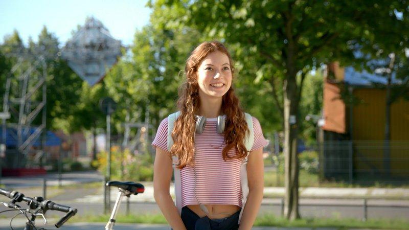 Toni (Luana Knöll) – Bild: Nickelodeon