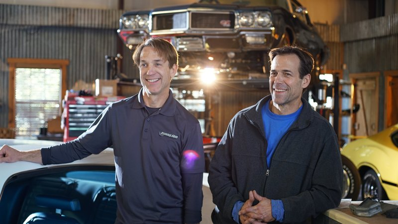 Tod and Scott Warmack smile during on-camera interview. – Bild: Discovery Channel / Discovery Communications