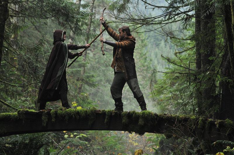 Im Bild: Maid Marian (Erica Durance, l.), Robin Hood (Robin Dunne, r.) – Bild: Tele 5
