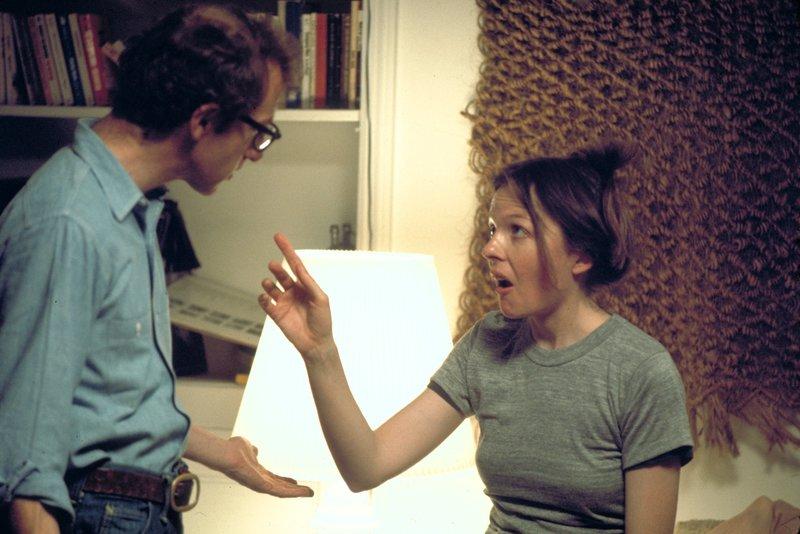 Alvy Singer (Woody Allen, l.); Annie Hall (Diane Keaton, r.) – Bild: 1977 METRO-GOLDWYN-MAYER STUDIOS INC. All Rights Reserved. / Brian Hamill Lizenzbild frei
