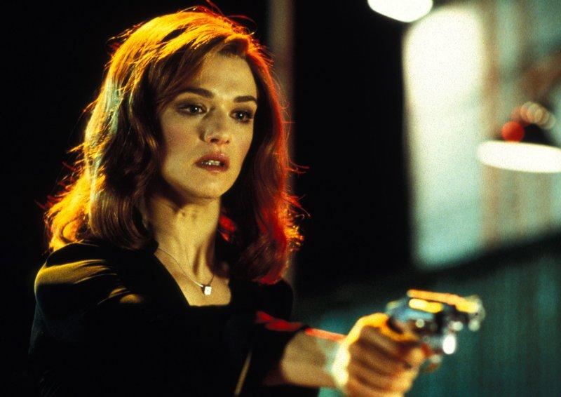 Treibt die Gaunerin Lily (Rachel Weisz) ein doppeltes Spiel? – Bild: NDR/Degeto