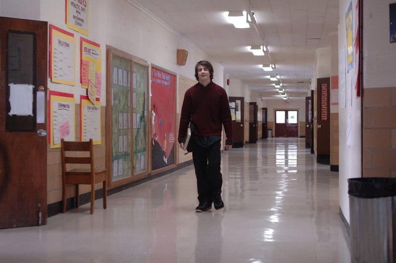 Arthur (Michael Angarano) ist 15 Jahre alt und muss gerade die Trennung seiner Eltern mit erleben. Da verliebt er sich in die ungewöhnliche Lila ... – Bild: Warner Bros. Lizenzbild frei