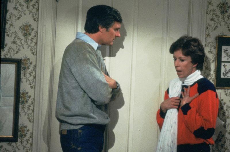 Ihre Ehe kennt Höhen und Tiefen: Jack (Alan Alda, l.) und Kate (Carol Burnett, r.) ... – Bild: 1981 Universal City Studios. All Rights Reserved. Lizenzbild frei