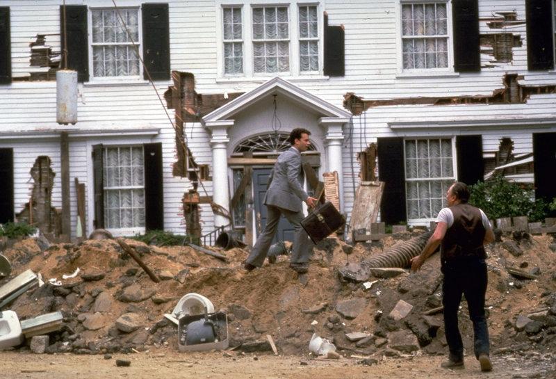 Das vermeintliche Traumhaus von Walter (Tom Hanks) und Anna entpuppt sich langsam als Albtraum.. – Bild: RTL II