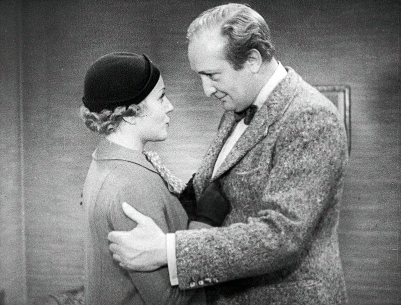 Lien Deyers (Margit Möller), Hans Albers (Werner Holk). – Bild: ORF