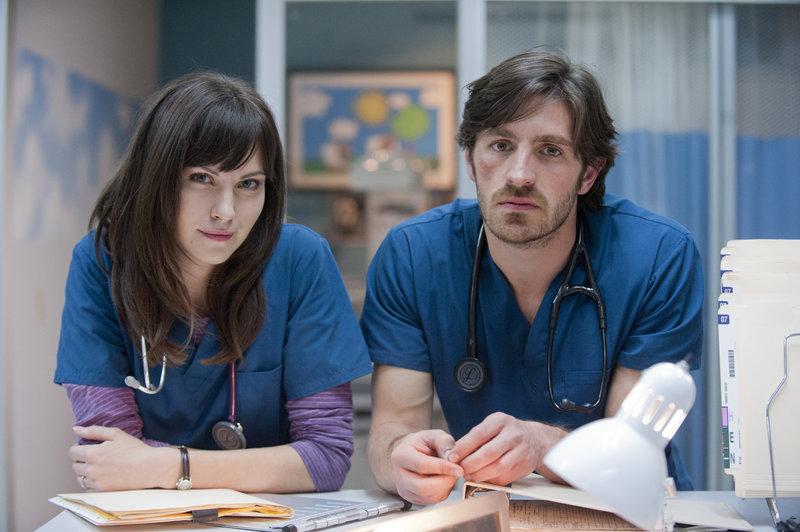 Dr. Jordan Alexander (Jill Flint) und Dr. TC Callahan (Eoin Macken) – Bild: MG RTL D / Sony Pictures Television