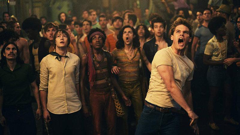 Stonewall - Aufstand für Gleichberechtigung Jeremy Irvine als Danny Winters (Vorne r.) SRF/2015 Stonewall USA Productions, LLC. – Bild: SRF2