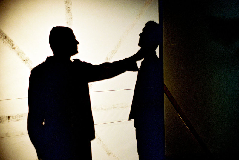 Der Fußfesselmörder hat sich ein weiteres Opfer gesucht. – Bild: Sat.1 Eigenproduktionsbild frei
