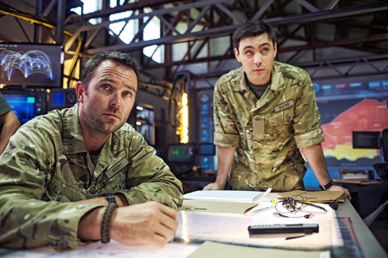 Sgt. Damien Scott (Sullivan Stapleton) and Sgt. Liam Baxter (Liam Garrigan) – Bild: Sky Atlantic