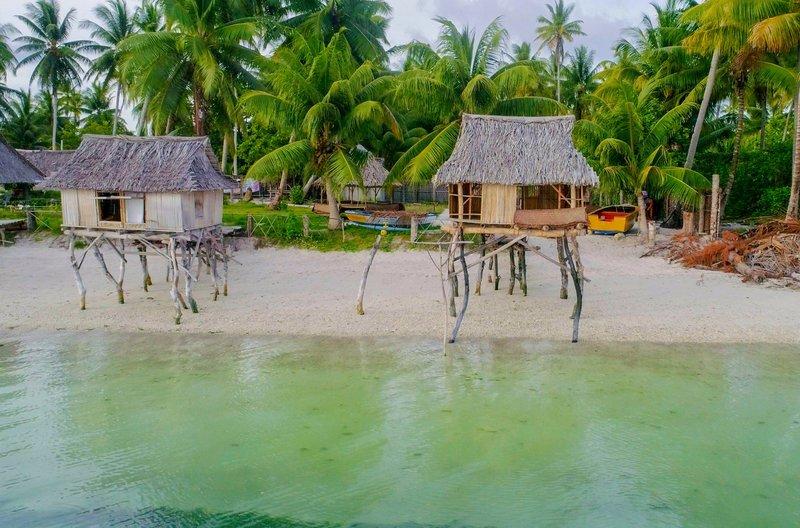 Kiribati, eine Inselrepublik im zentralen Pazifik, bestehend aus 33 Korallenatollen, ist ein Sehnsuchtsort für viele Menschen. – Bild: Spiegel TV / © Spiegel TV