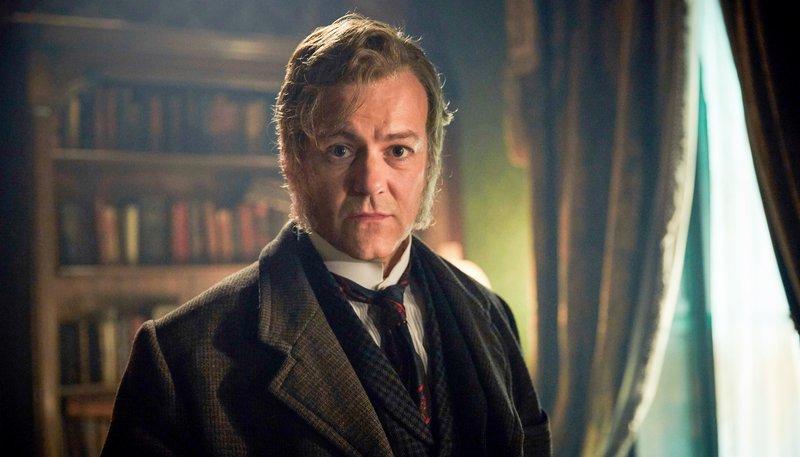 Detective Inspector Lestrade (Rupert Graves). – Bild: ORF 1